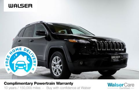 Pre-Owned 2017 Jeep Cherokee LATITUDE 4WD V6