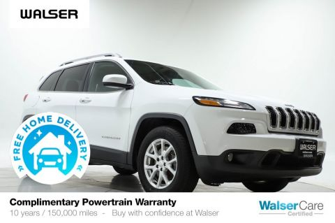 Pre-Owned 2017 Jeep Cherokee True North Pano V6