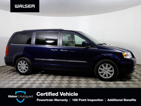 Pre-Owned 2016 Chrysler Town & Country TOURING DVD ENT