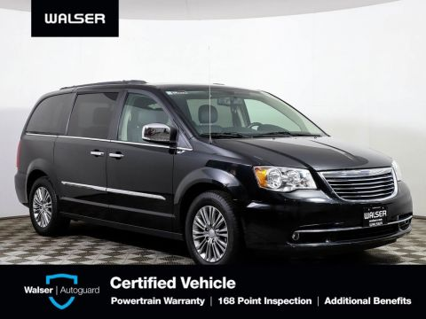 Pre-Owned 2016 Chrysler Town & Country Touring-L Anny