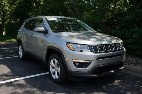 New 2019 JEEP Compass 2019 JEEP COMPASS LATITUDE 4DR SUV 103.8 WB 4WD